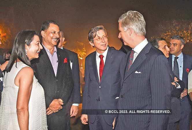 RAN_4270-Neelam-Pratap-Rudy,-Rajiv-Pratap-Rudy,-Jan-Luykx-and-King-Philippe