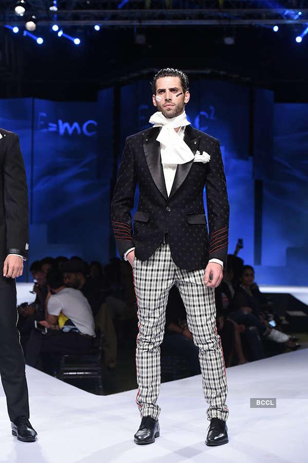 GQ Fashion Nights 2017: Arjun Khanna