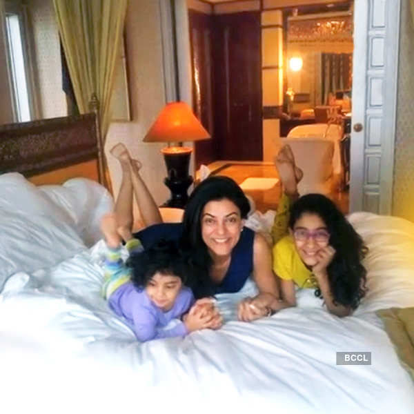 Meet these 10 inspiring single celebrity moms of Bollywood