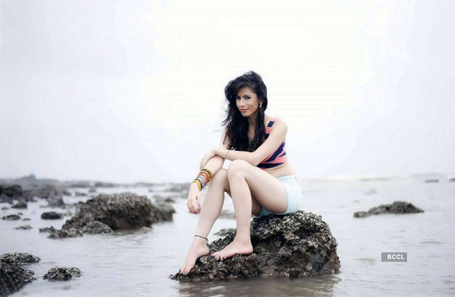 Newbie Aradhya Taing is all set to leave her fans drooling with her bold photoshoot