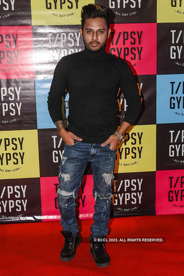 Karan Patel, Rucha Gujarati and many other TV stars attend gastropub launch party
