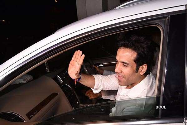 Bollywood celebs attend Tusshar Kapoor's birthday celebration