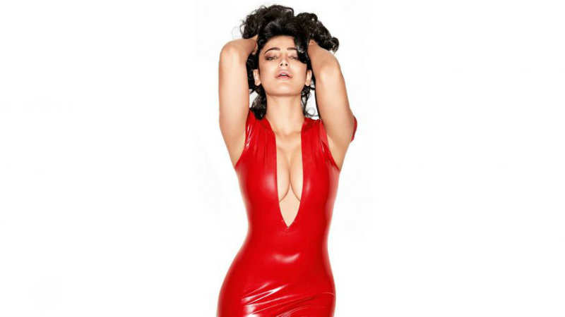 Shruti Hassan looking sizzling hot for a photo shoot xxx
