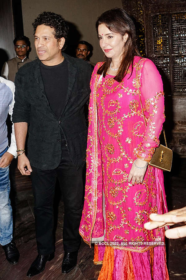 Zaheer Khan and Sagarika Ghatge's starry wedding reception in Pune