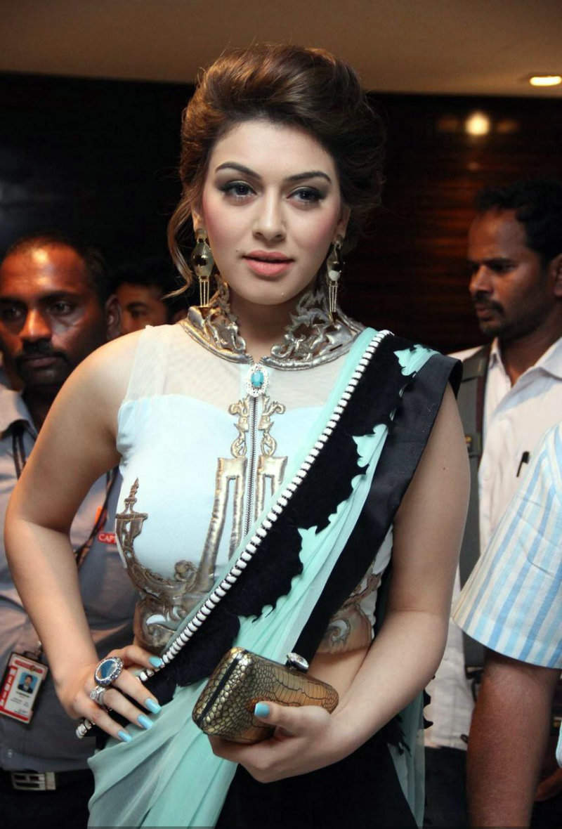 Hansika Motwani Hot Photos in a sari for an event xxx