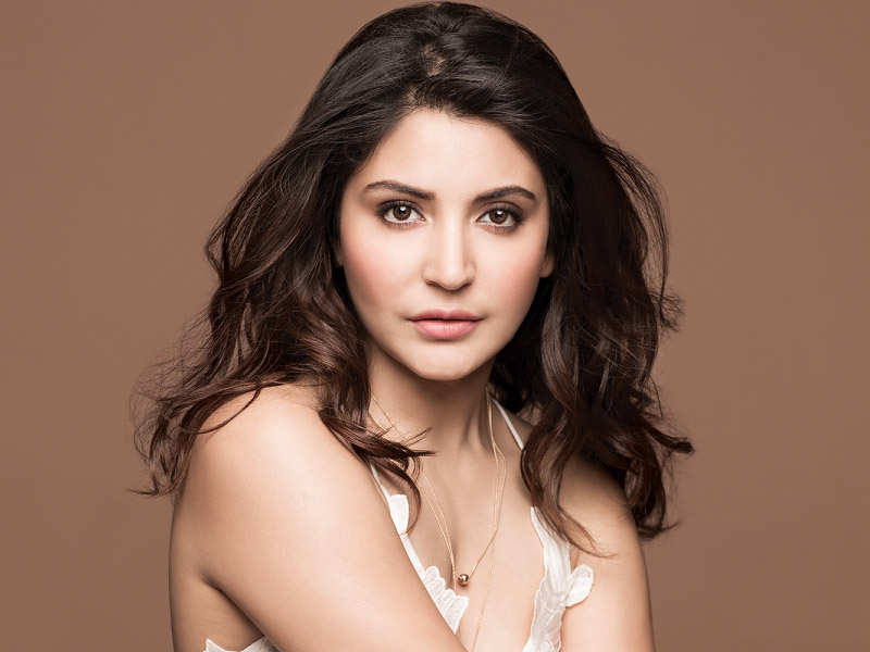 Anushka Sharma wishes to play Manisha Koirala's role in 'Dil Se' remake