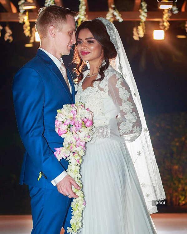 Celebs' hush-hush weddings