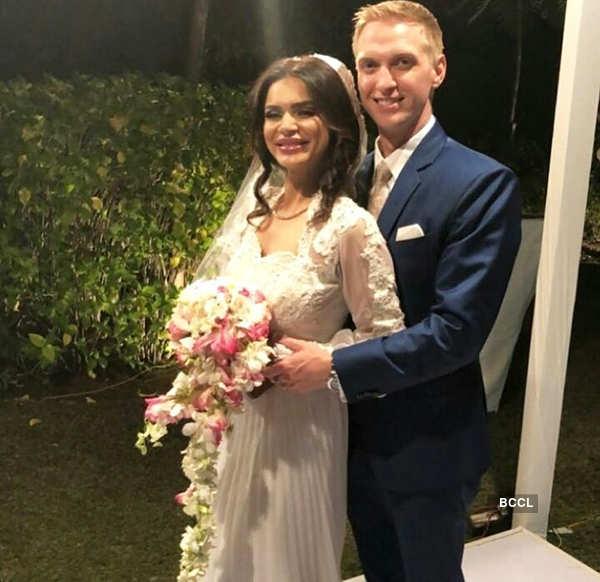 Aashka Goradia's wedding