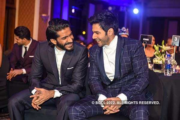 Filmfare Glamour and Style Awards 2017: Best candid shots