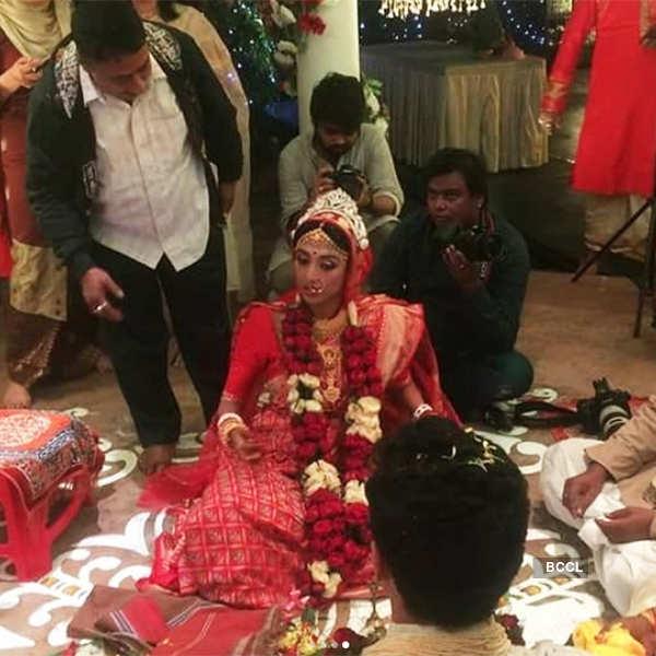 Paoli Dam during her wedding ceremony