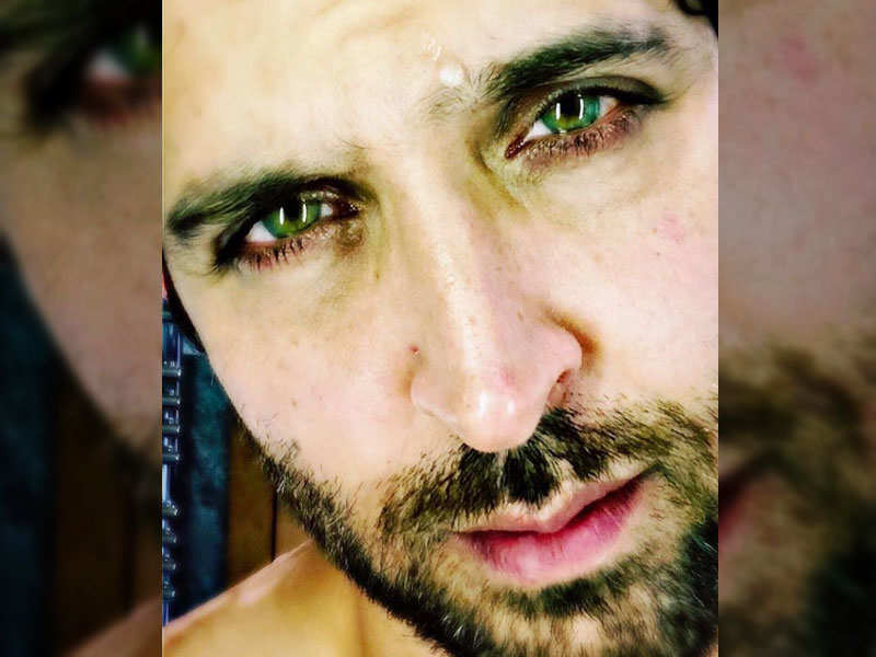 Hrithik Roshan shares an inspirational message with intense selfie - Hrithik Roshan's Instagram pics you should not miss!  | The Times of India