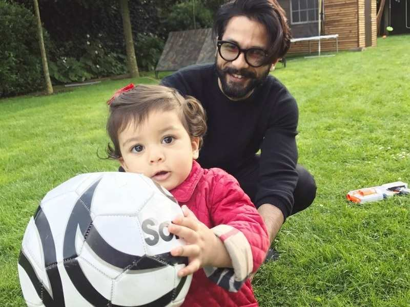 Shahid Kapoor talks about his bond with daughter Misha - SRK to Aamir Khan: Doting dads of Bollywood  | The Times of India