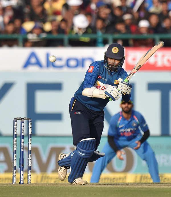 Sri Lanka beat India in first ODI