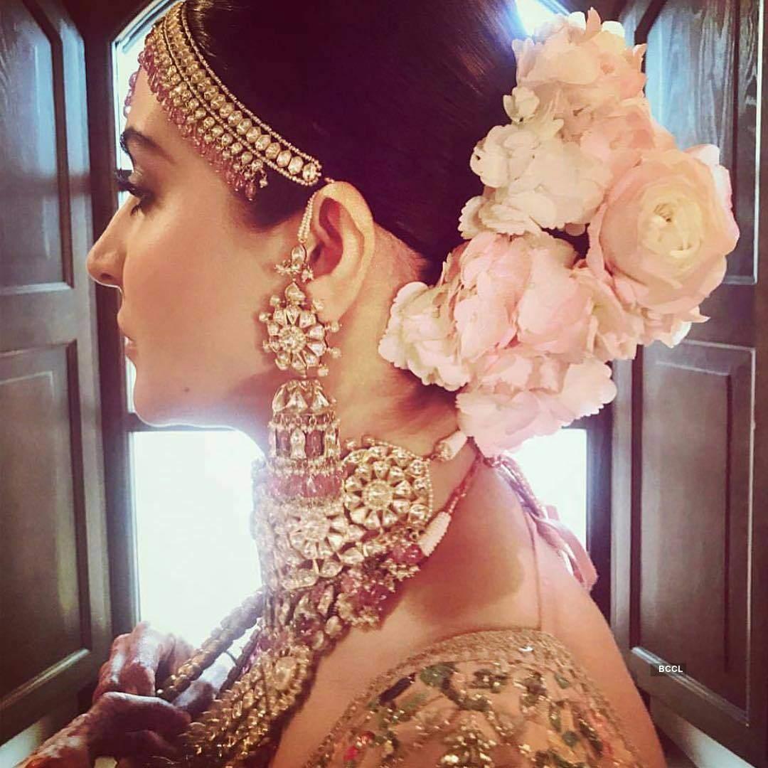 It took Sabyasachi 67 karigars, 32 days to craft what all Anushka wore at the wedding