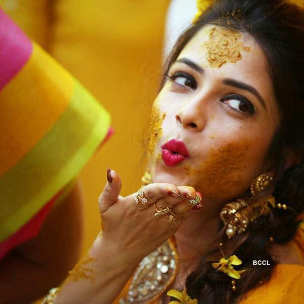 Pooja Singh's wedding photos