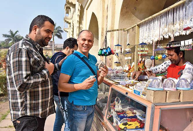 The musicians buying trinket from Bara Imambara (BCCL/ Vishnu Jaiswal)