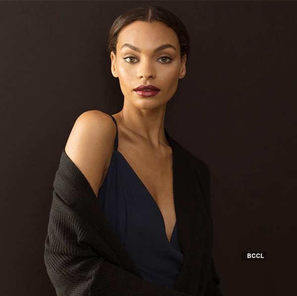 Chiseled jawline of Sophia Jackson