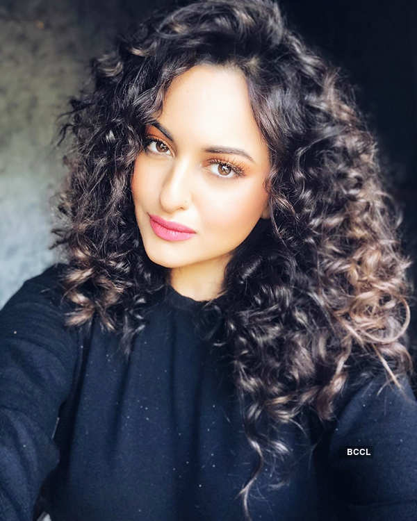 Sonakshi Sinha stuns in her new look