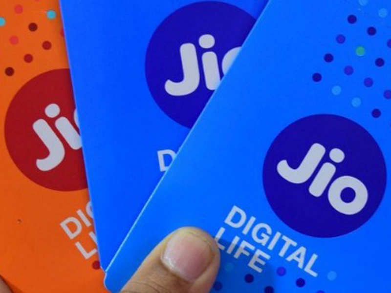 Reliance Jio offering cashback up to Rs 3,300 on recharge of Rs 399: All you need to know
