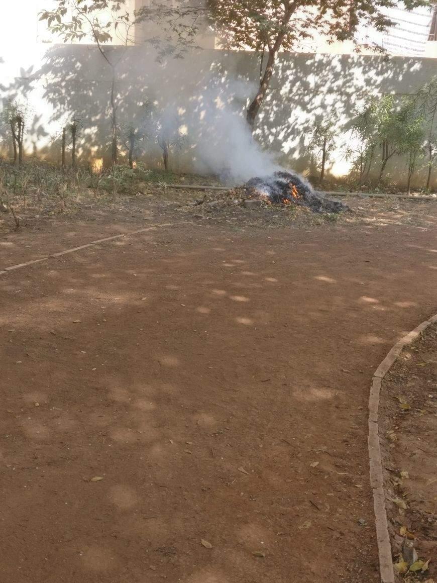 Smoke pollution Bibwewadi Garden behind Police stn - Times of India