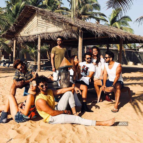 TV stars get into holiday mood