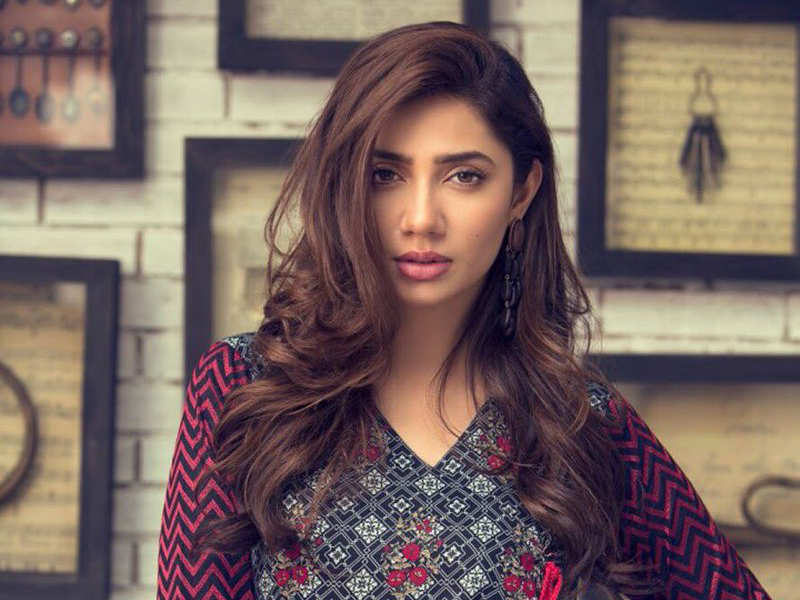 Mahira Khan looks amazeballs in the campaign.