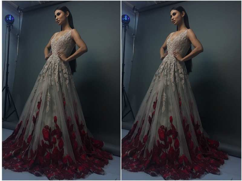 Mouni Roy oozes oomph