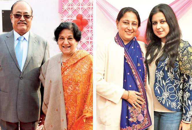 Atul & Usha Gupta (R) Pratima and Deeksha Anand (BCCL/ Vishnu Jaiswal)
