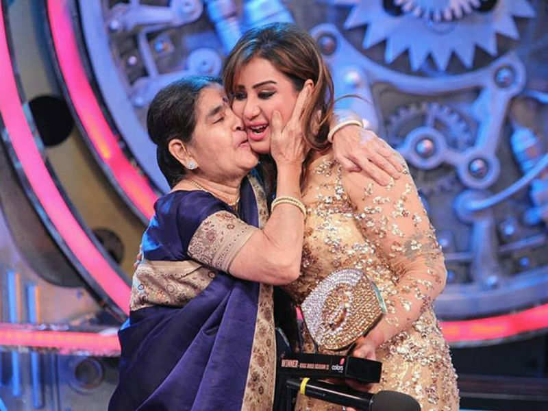 But Shilpa's mother after her visit to the house during a task revealed  that Romit had confessed his love for her and Shilpa accepted his proposal.