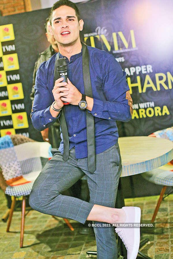 Priyank Sharma visits Delhi