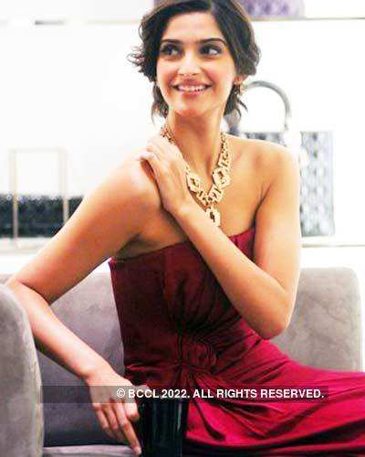 Auction of 'Dior' bags by Sonam