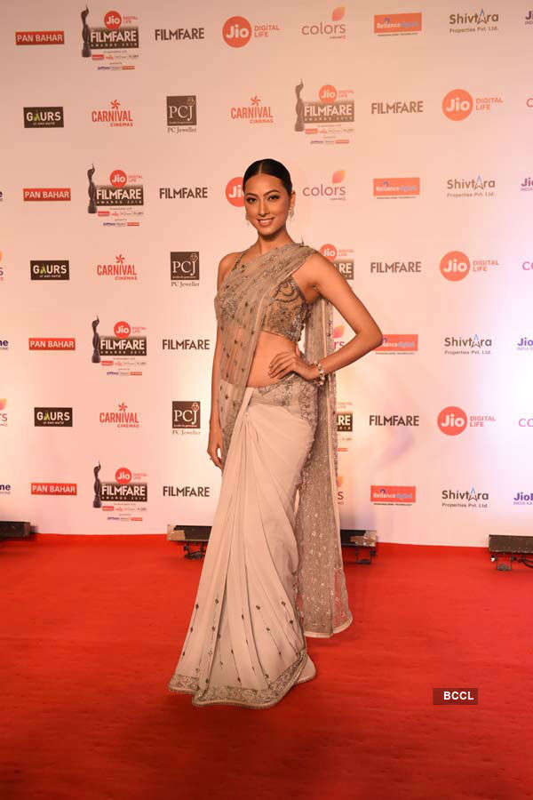 Beauty queens who dazzled at the Jio Filmfare Awards