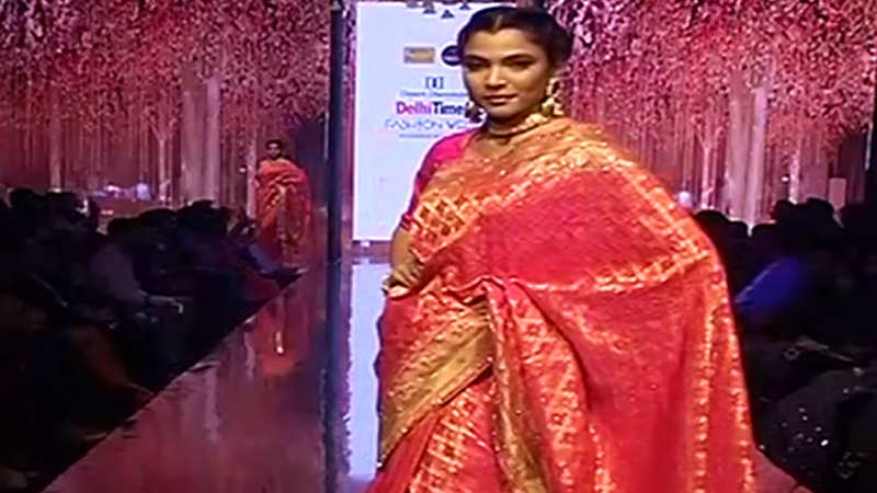 Meena Bazaar & Vastya showcase their collection at DTFW