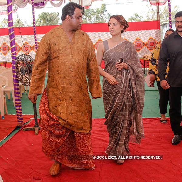 Bollywood celebs attend Anurag Basu's Saraswati Puja