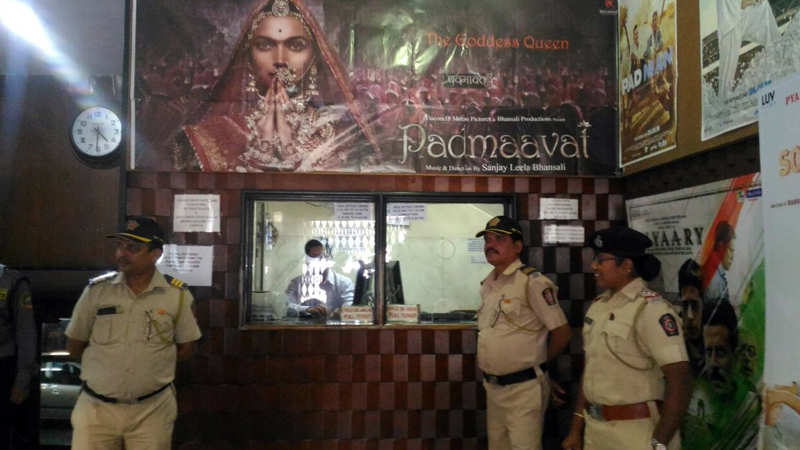 Padmavati Collections: \'Padmaavat\' box-office collection Day 2 ...