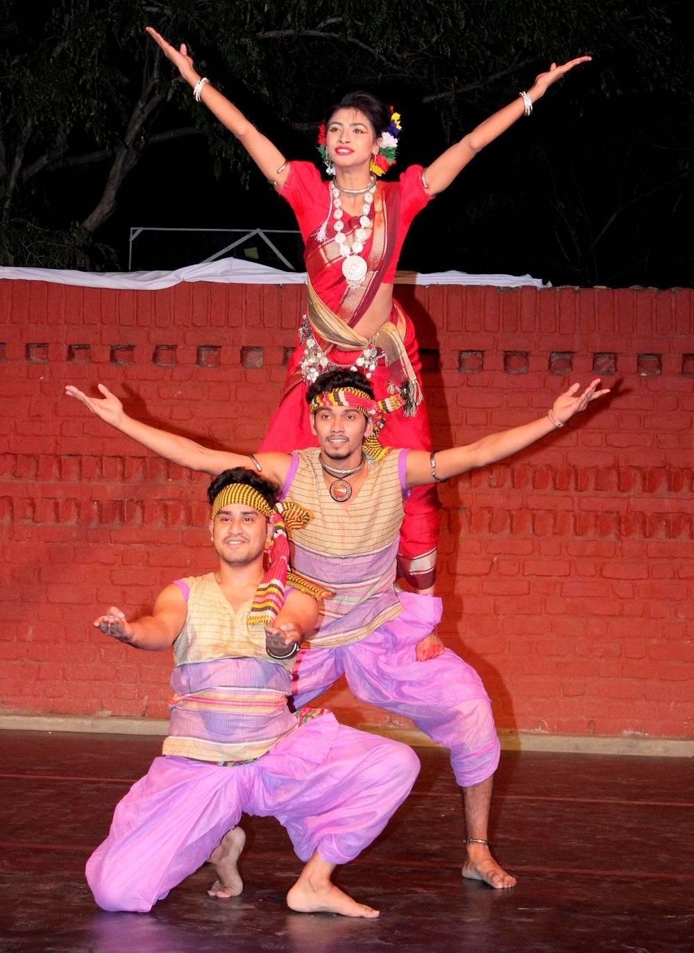 Tahnun, Alif and Maati from Bangladesh