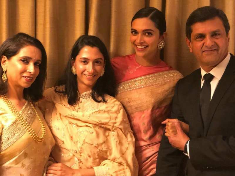 Deepika Padukone Poses For The Perfect Family Picture Following