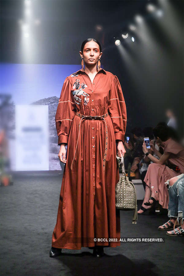 Fashion Week Mumbai '18: Day 1: RaRa Avis