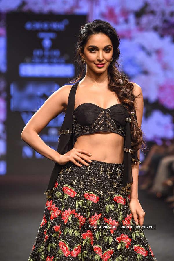 Fashion Week Mumbai '18: Day 5: Julie