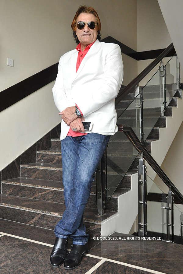 Ali Khan visits Kanpur