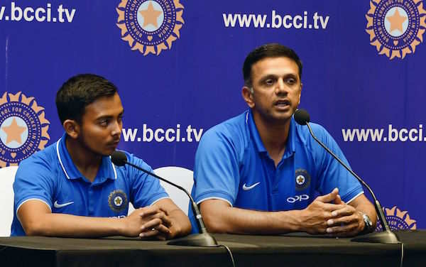 Rahul Dravid paid Rs. 2.4 crores as professional fees by BCCI