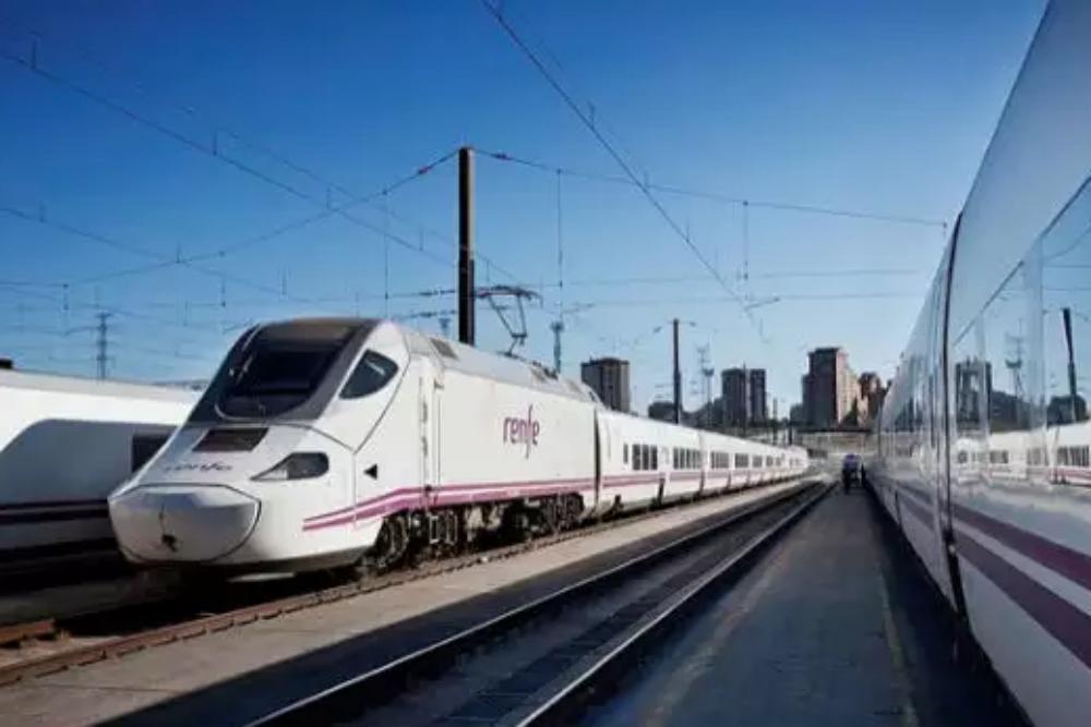 Indian Railways: bullet trains on Delhi-Amritsar, Mumbai-Pune routes