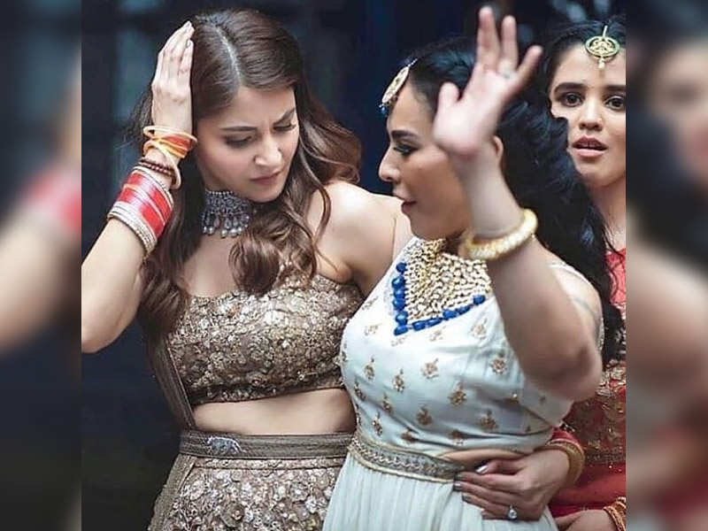 Throwback Pic Anushka Sharma Dances Her Way To Glory At Her Wedding