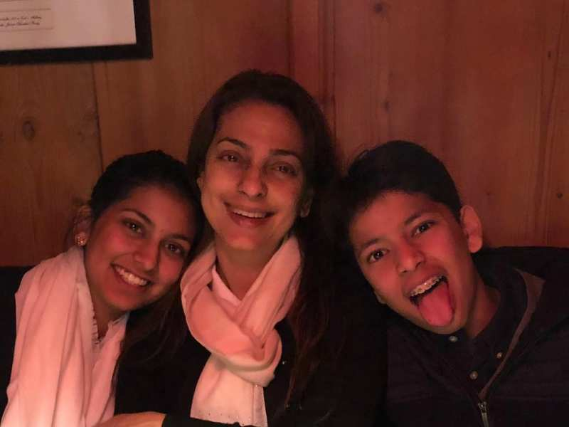 Juhi chawla shares a merry picture with her little monkeys thecheapjerseys Image collections