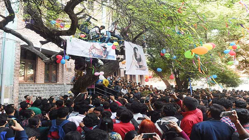 Why Hindu College's Virgin Tree is one of Delhi's most enduring Valentine's Day legends