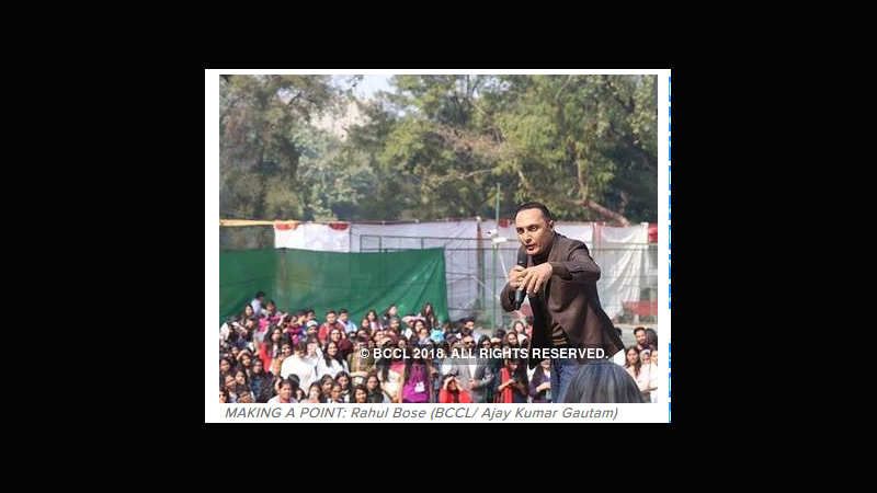 Rahul Bose, Ratna Pathak Shah debate 'ungendering cinema' at LSR