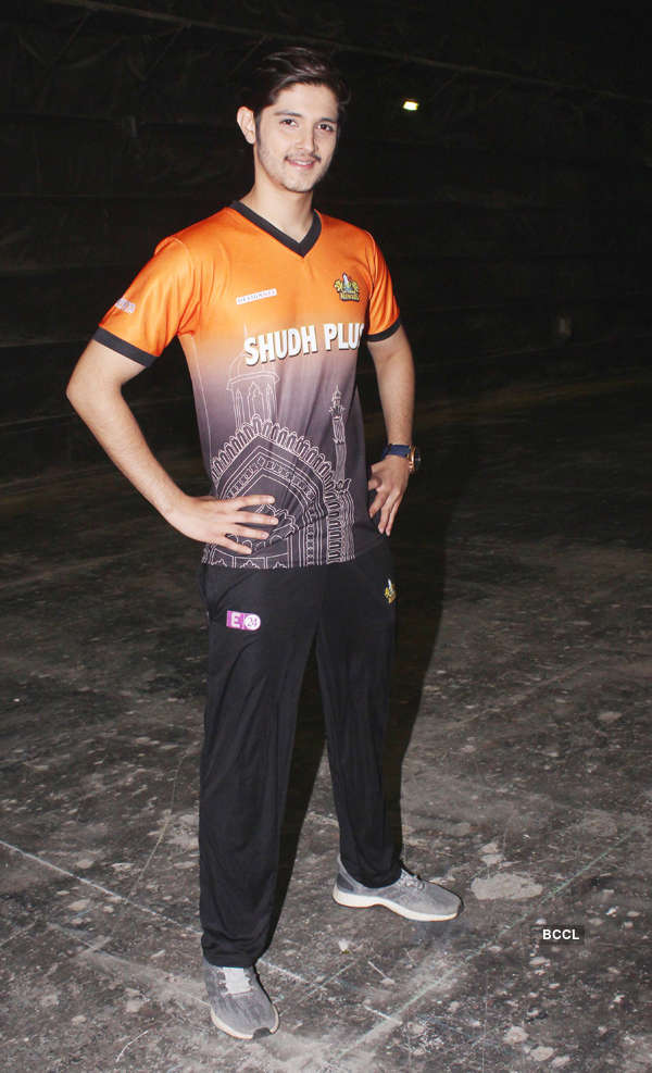 TV stars at Box Cricket League