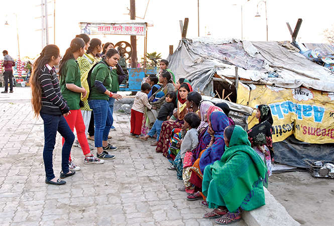 Youngsters  distributed sanitary napkins in the city (BCCL/ Farhan Ahmad Siddiqui)