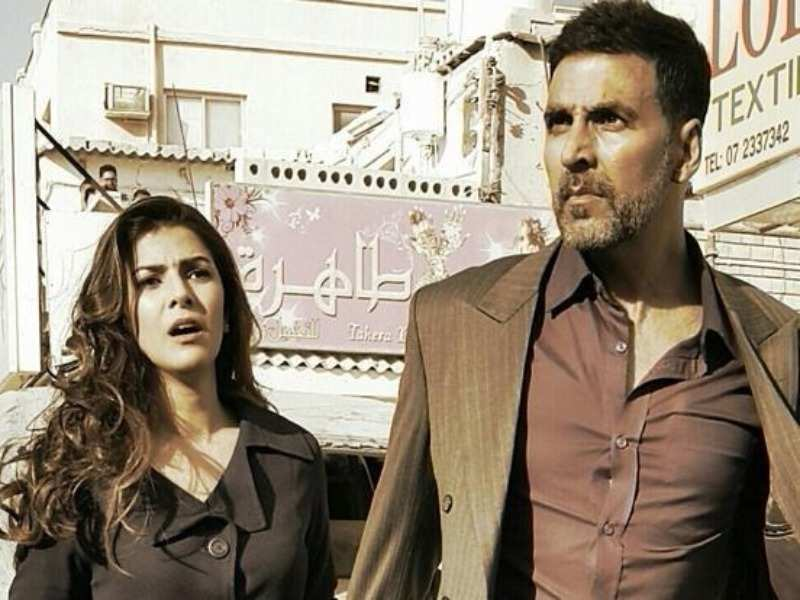 11 Unknown facts about the film 'Airlift' :::Misskyra