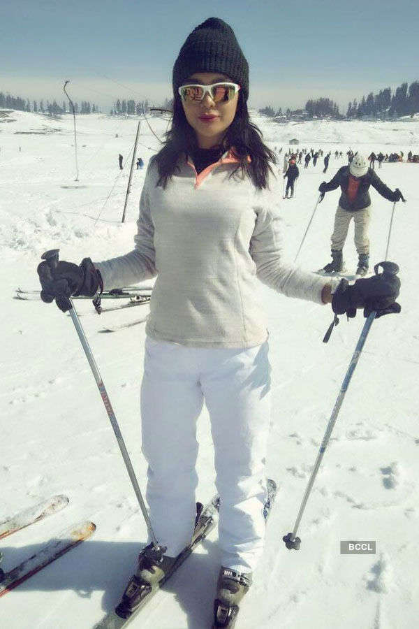 Beauty Queen's astounding vacation in Gulmarg